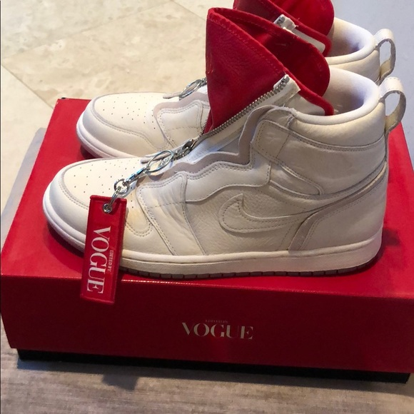 Vogue Limited Edition Anna Wintour Nike